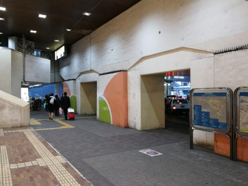 町田駅西口タクシー乗り場付近