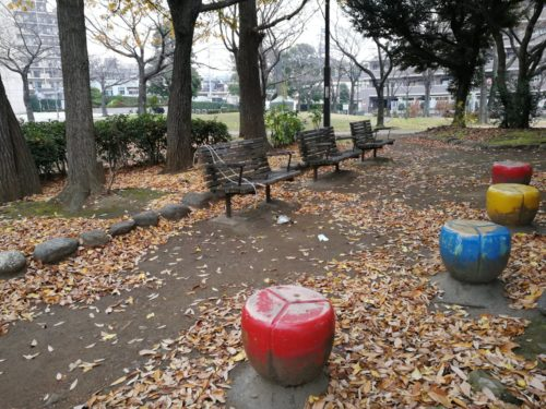 足立区役所中央公園